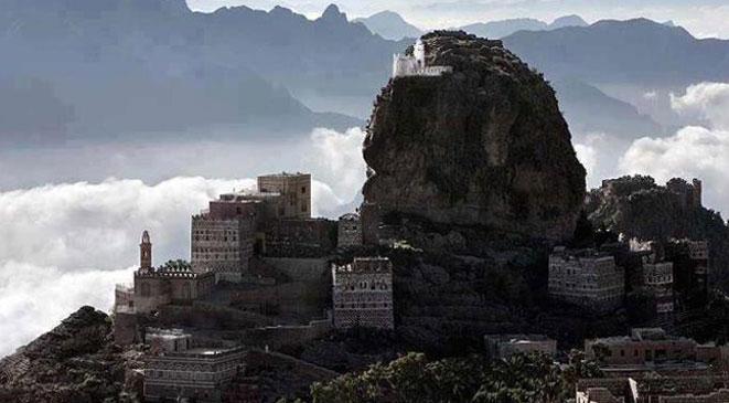 تشتهر اليمن بعدد من المعالم التاريخية والحضارية، والأماكن السياحية